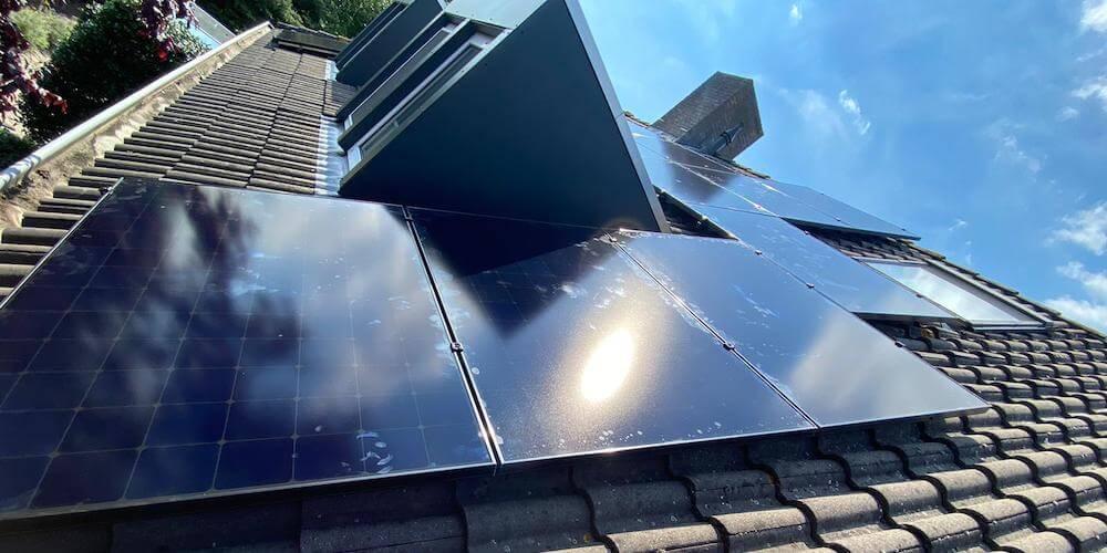 zonnepanelen-uden-installateur-2
