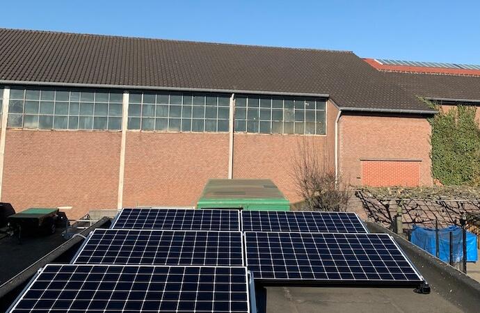 installatie-met-zonnepanelen-in-venlo